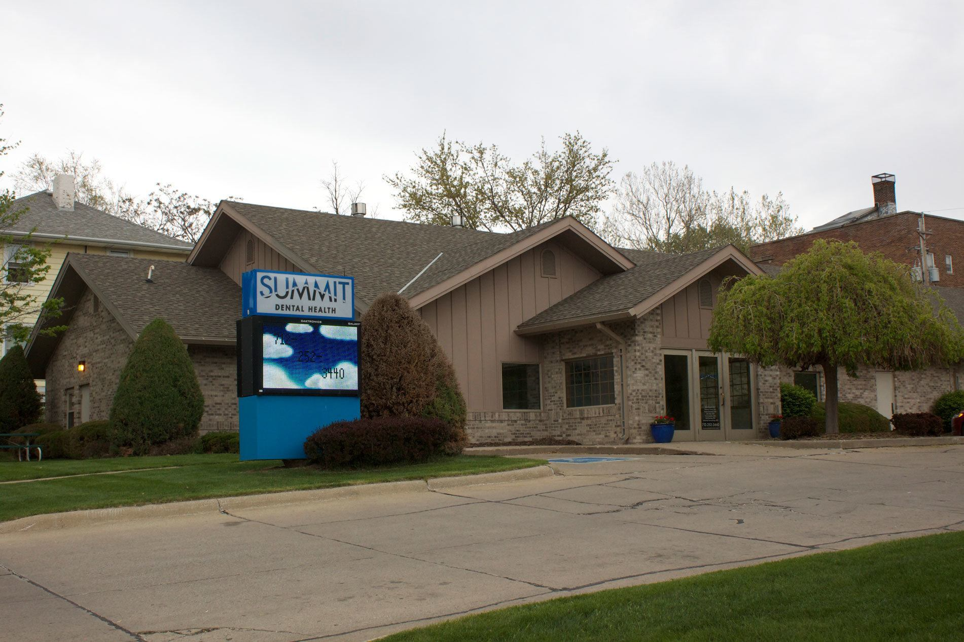 Summit Dental Heath Sioux City Iowa